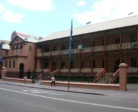 Parliament House - Accommodation in Bendigo