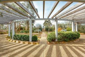 Bible Garden - Accommodation in Bendigo