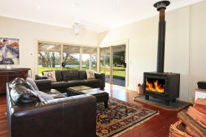 Terara Riverside Retreat - Accommodation in Bendigo
